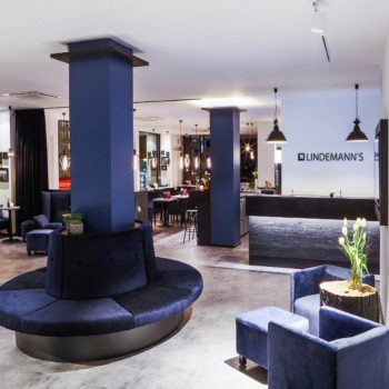 Lobby, Bar und Front Office im LINDEMANN'S der LINDEMANN HOTELS® in Berlin