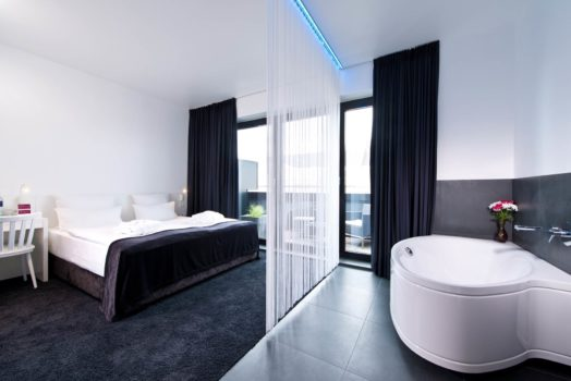 Urban Rooftop with Bathtub 2013 im LINDEMANN'S bei den LINDEMANN HOTELS®